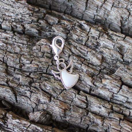 Engel silber mit gefärbtem Harz gefüllt incl. Karabiner
